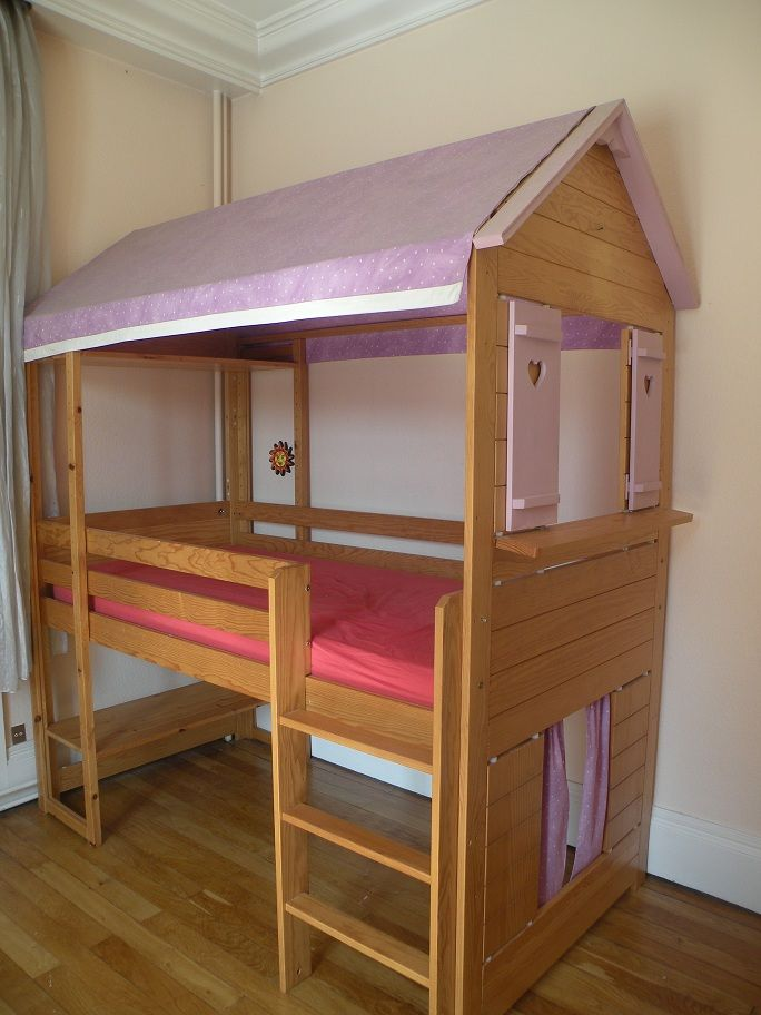 fabriquer un lit cabane en bois pour enfant. Black Bedroom Furniture Sets. Home Design Ideas