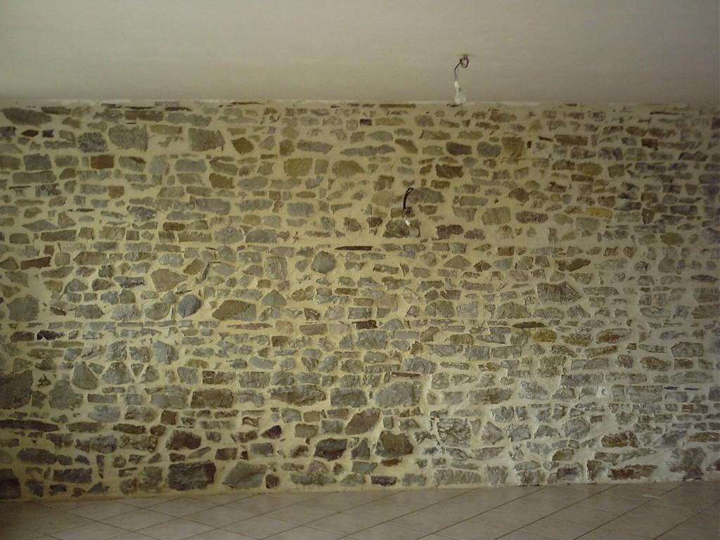 construire et monter un mur en pierre. Black Bedroom Furniture Sets. Home Design Ideas