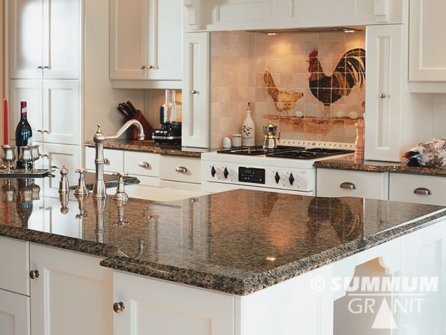 installation de comptoirs de cuisine en granit