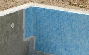 Enduits liner carrelage et polyester en piscine for Carrelage de ravel
