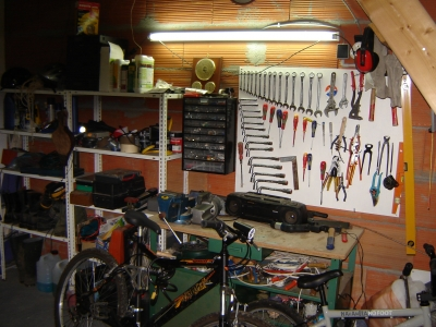 Lectricit et eau de l 39 atelier de bricolage - Amenager un atelier de bricolage ...